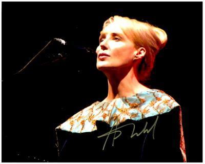 Primary image for LISA GERRARD  Authentic Original SIGNED AUTOGRAPHED PHOTO w/ COA 689