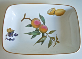 Royal Worcester Evesham Gold Rectangular Baker - $31.87