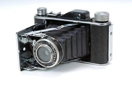 Vintage Foldex 20 Camera with Leather Case 19143 - $88.11