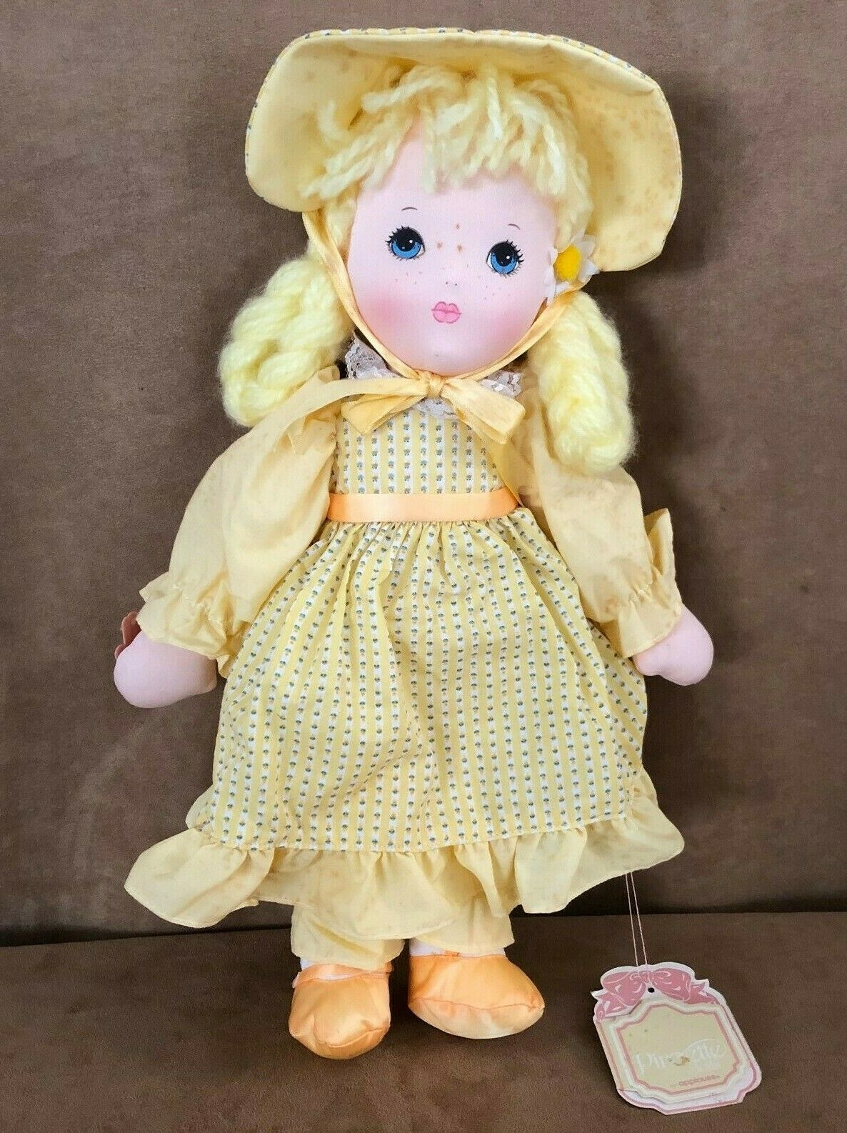 Applause Daisy soft body doll vintage yellow dress hair Piorette 16""
