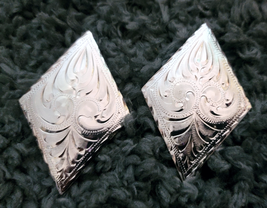 """Silver Engraved Blanket Diamonds by Action Company PAIR! 3"""" top to bottom image 1"""