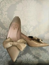 KATE SPADE Nude Patent Leather Pointed Toe Bow Kitten Pumps/Heels Sz 6 $328 New  - $197.90