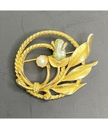 Vintage Sarah Coventry Brooch Pin Gold Tone Round Jade Rose Pearl Flower - $23.38