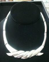 Monet Vintage Retro Silver Chrome Necklace Choker - $24.26
