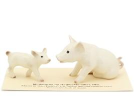 Hagen Renaker Miniature Farm White Pig and Piglet Ceramic Figurine Set