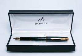 Parker sonnet Premier laque Vert GT deep green fountain pen + premium gi... - $213.34