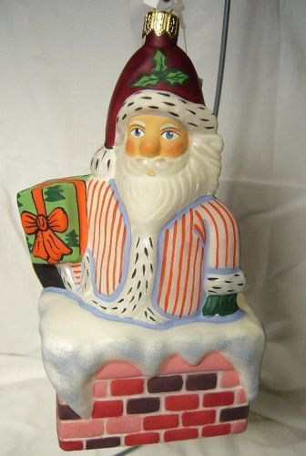 Vaillancourt Folk Art Santa in Chimney Ornament