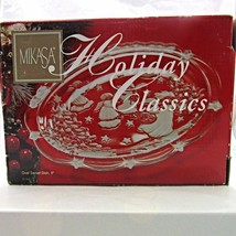 """Mikasa Holiday Classics Sweet Dish Oval Frosted Trees Angels 9"""" 08 1422 - $18.89"""