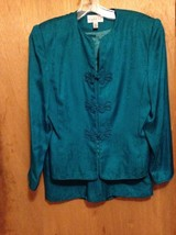 Adrianna Papell  skirt and blouse size 6 lined 100% silk color green - $18.95