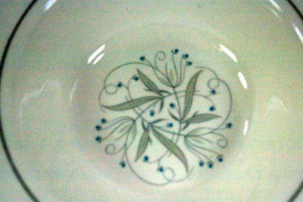 """Homer Laughlin Celeste #B1447 Bread Plate 6 1/4"""" image 3"""