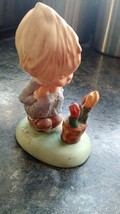 "Vintage Statue Figurine Goebel Germany Hallmark Cards 1972 Betsy 4.5"" Ta... - $13.98"