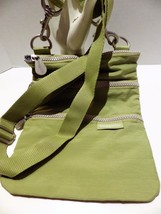 Baggallini Nylon Crossbody Shoulderbag Wallet Purse Organizer Green 3 Tr... - $22.72