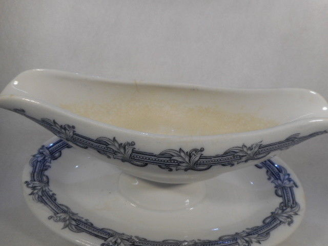 Vintage Villeroy & Boch Mettalach Gravy Boat with Attached Underplate