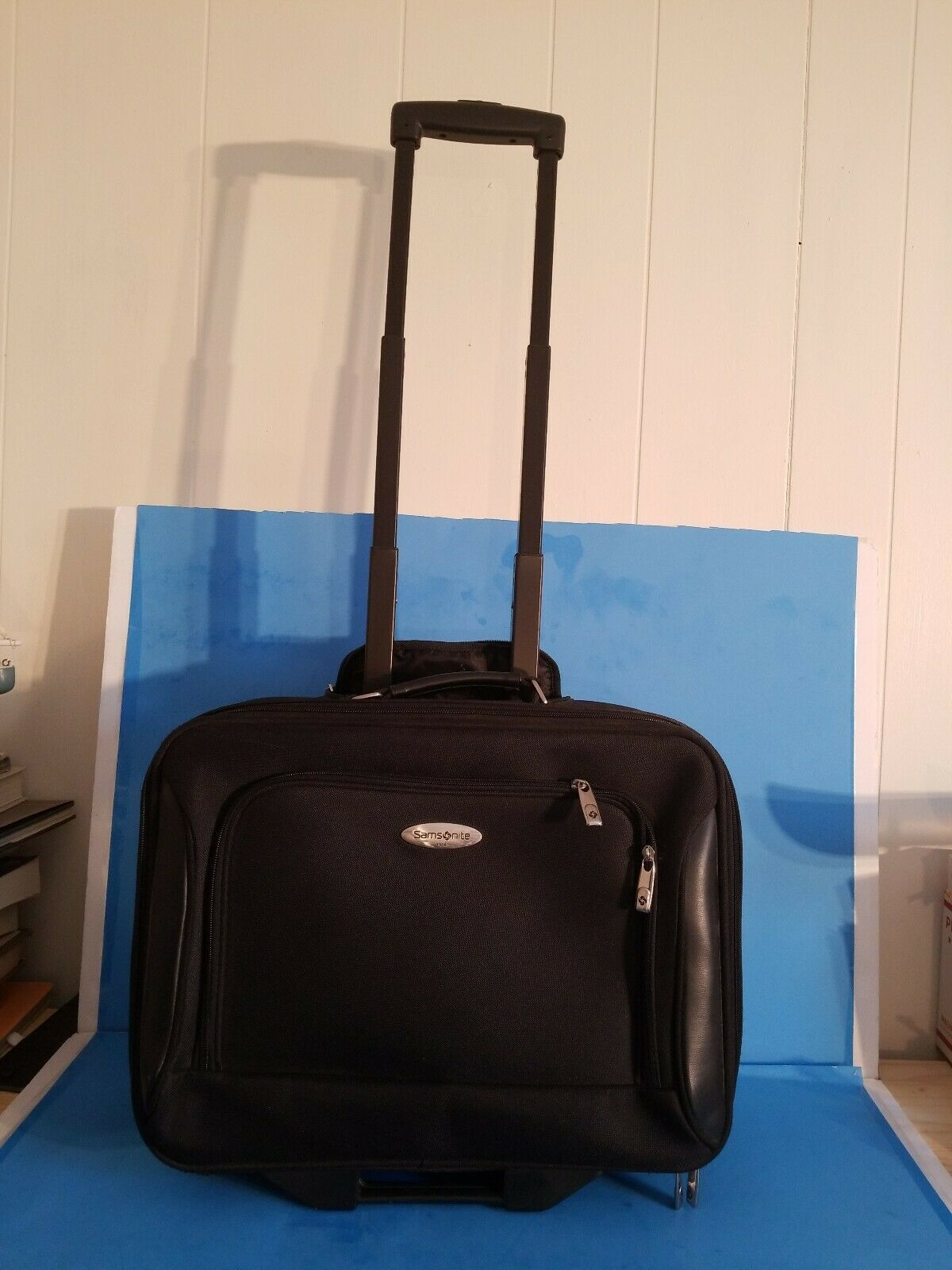 Primary image for Samsonite small Carry-on Suitcase.USED.