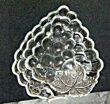 Concord Grape triangular Glass Candy Dish AA19-LD11934 Vintage