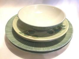 Pfaltzgraff Garden of Eden Bowl Plate Salad Plate 5-Piece Green  - $49.49