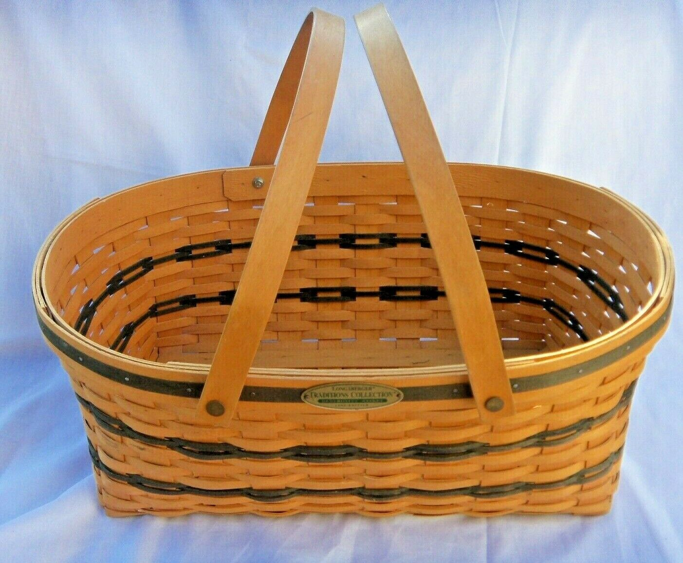 """LONGABERGER TRADITIONS COLLECTION GENEROSITY BASKET  1999 EDITION  19"""" X13"""" - $24.70"""