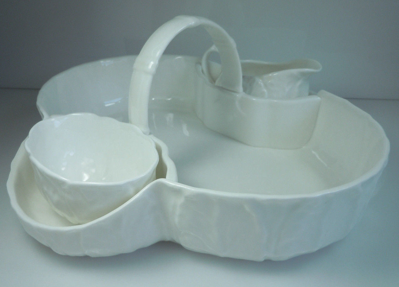 Wedgwood Countryware Strawberry Basket Creamer and Open Sugar