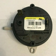"""Honeywell Furnace Air Pressure Switch 638251 IS20101-6124 0.67"""" used #O272 - $14.03"""