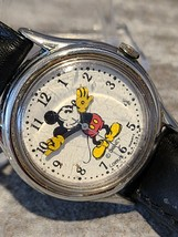 Silver Tone Lorus Disney Mickey Mouse Watch  V515-6080 Working - $10.00