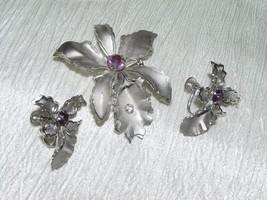 Vintage Demi Silvertone w Purple Rhinestone Orchid Flower Pin Brooch & S... - $10.39