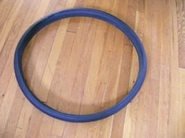 9#shelf     Bell Flat Defense Cruiser Bike Tire 2720180508  16 - $29.69