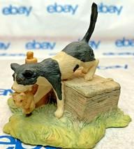 "Lowell Davis ""Movin' Day"" Figurine  1981 Schmid Car Kitten Baby Jug 225225 - $143.53"