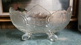 JEANETTE GLASS CO. LOMBARDI 4 SCROLL-FOOTED OVAL FRUIT BOWL CENTERPIECE ... - $28.50