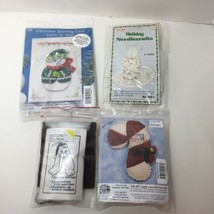 4 Assorted Christmas OrnamaMent Kits Fabric Embroidery Titan Etc - $12.59