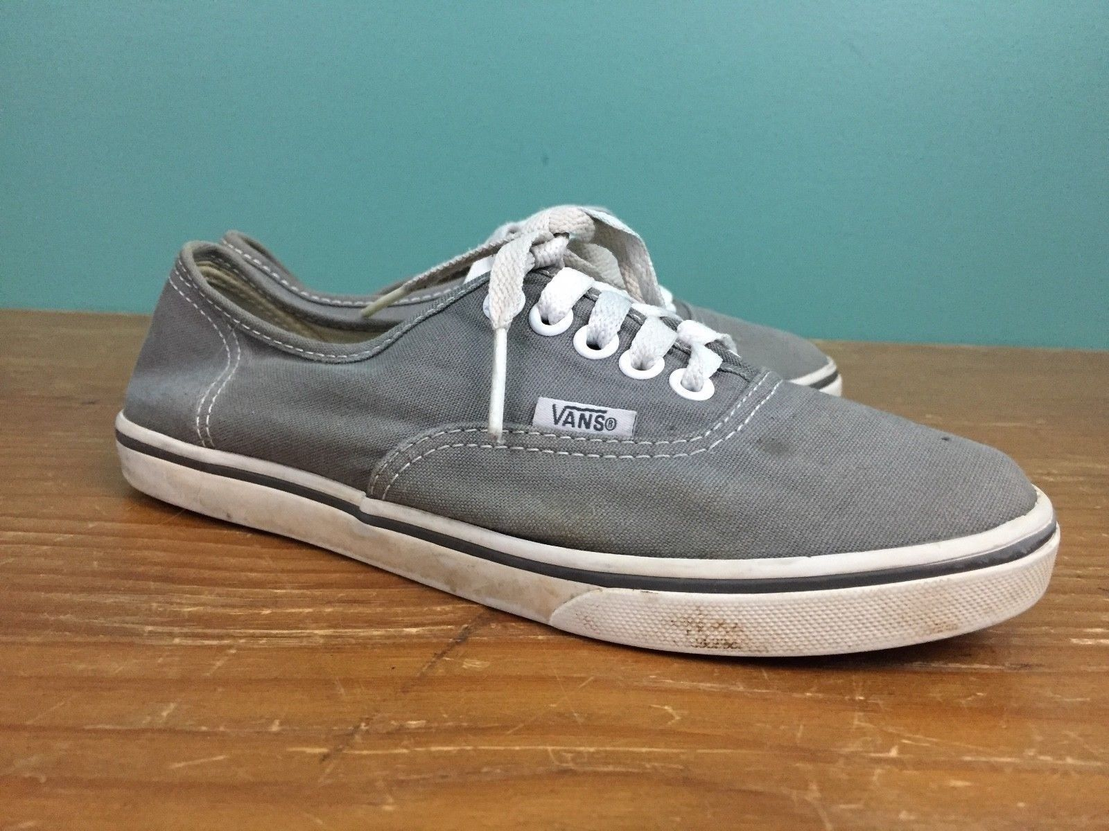 97d44bd3f9 Vans Off the Wall Classic Skate Low Canvas and 50 similar items
