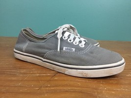 Vans Off the Wall Classic Skate Low Canvas Shoes - M 4, W 5.5 - Gray - $17.77