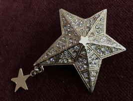 "KIRKS FOLLY ""SPARKLING GOLD STAR BROOCH"" Gold toned Signed Pin - $19.80"