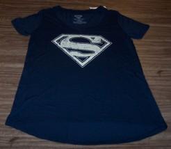 Women's Teen Dc Comics Superman T-shirt Xs New w/ Tag - $19.80