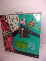 WILD HEARTS CREW Punkie Pizza Party 8 Piece Doll Fashion Accessory Pack Clothes - $7.93