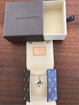 Auth Louis Vuitton LV charm de Monogram White Gold Pendant Necklace - $1,028.88