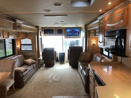 2006 Newmar Mountain Aire 4304 For Sale In Fairport, NY 14450 image 3