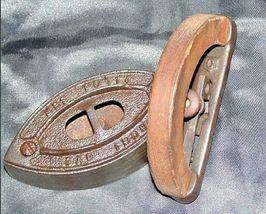 Mrs Potts SAD Iron Note 3 Potts with handle AB 565-EAntique image 3