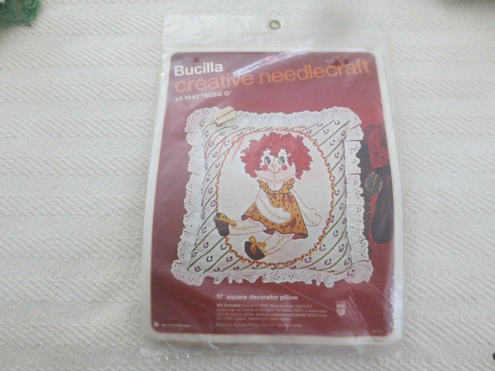 "Primary image for Vtg. Bucilla ""SUSIE Q"" Crewel Embroidery PILLOW Sealed Kit #1942"