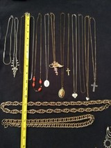 """Lot Of 15 Gold Silver Necklaces/Chains Pendants Chunky 14"""" 16"""" 18"""" 20"""" 22"""" - $8.55"""