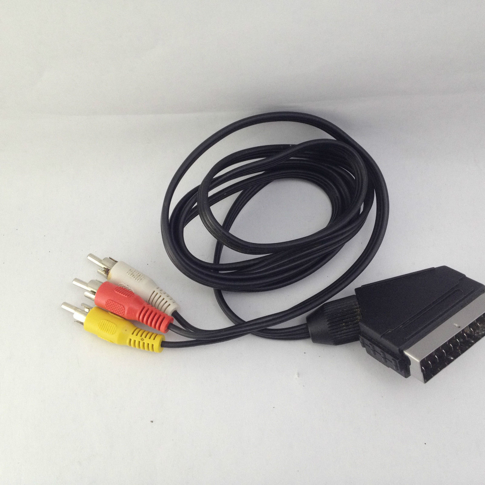 Scart AV Plug to 3 Phone RCA RWY Cable Lead 150 cm