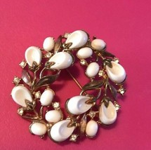 TRIFARI Poured Glass Brooch Pebble Beach 1959 - $63.70