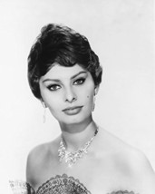 Sophia Loren Studio Shot 16X20 Canvas Giclee - $69.99