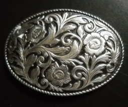 Floral Dual Tone Belt Buckle Oval Shape Blooms Silver and Black Rope Border - $10.99