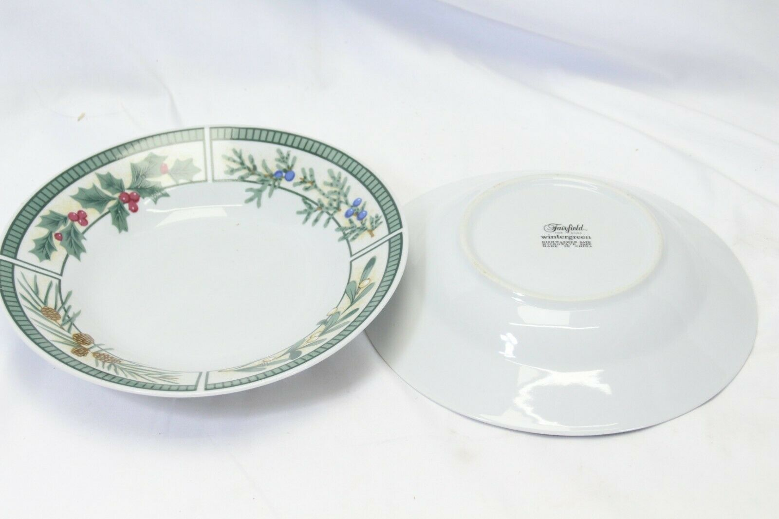 Fairfield Wintergreen Plates and Bowls Lot of 15  Christmas image 8
