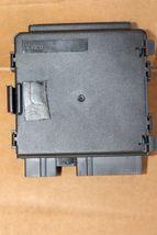Mercedes W211 E350 E500 350 TRUNK Lift Control Module A2118204526 image 3