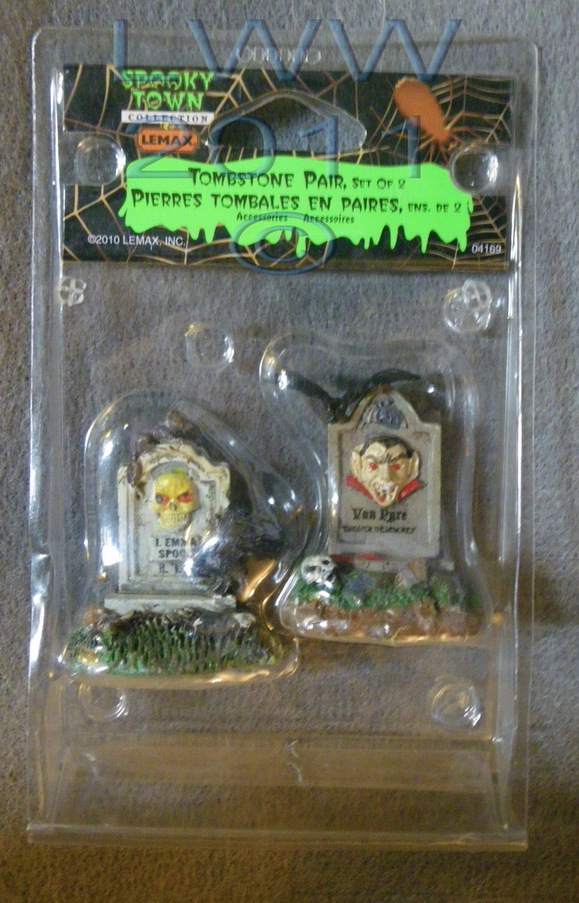 Lemax Spooky Town Halloween Tombstone Pair Set of 2 in Package