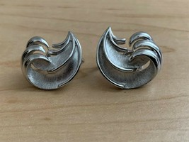 Vintage Trifari Bushed & Polished Silver Tone Clip On Earrings - $19.80