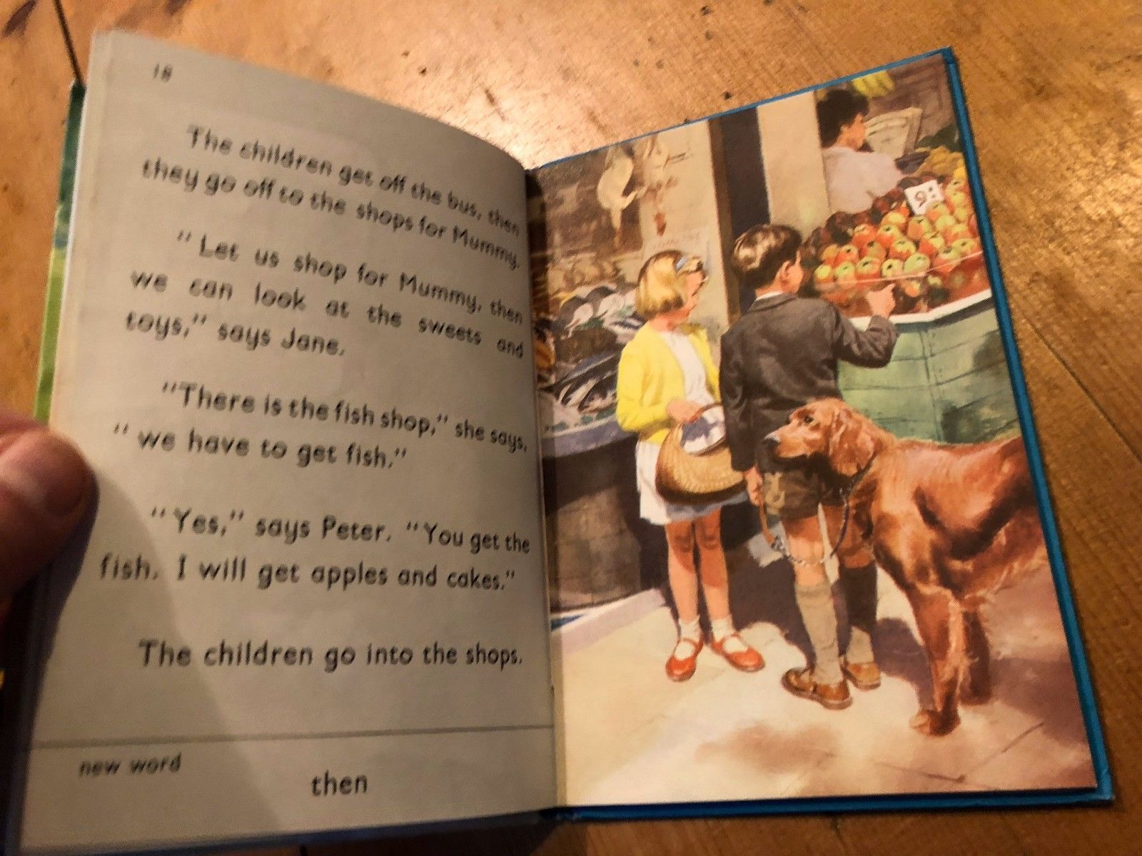 """VINTAGE """"BOOK 4a - THINGS WE DO"""" LADYBIRD BOOK (2/6 NET)"""