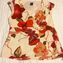 GAP wrap blouse cap sleeve shirt Ladies Deep red & pink flowers on cream size M - $11.88