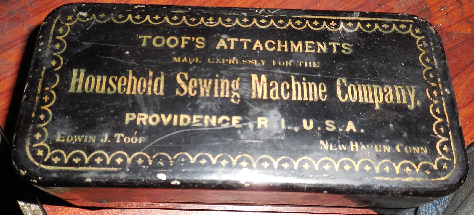 Toof's Attachments for Household Sewing Machine (1892) Nice Set In Box - $39.58 CAD
